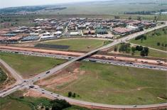 Aerial photograph of the R21 in Irene & Route 21 Corporate Park